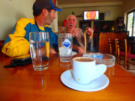 griechischer Kaffee in alten Doerfern und seine Geschichten
