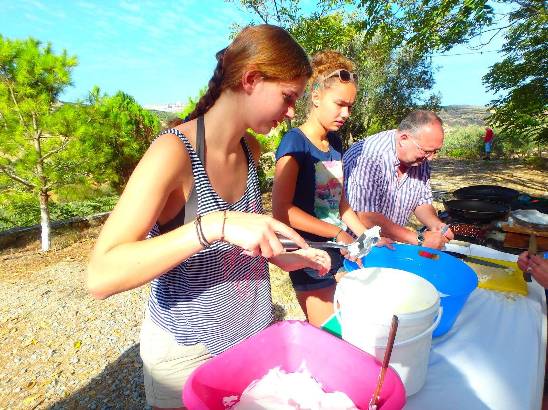Kochen im freien auf kreta ferien auf kreta griechenland for Kochen im sommer